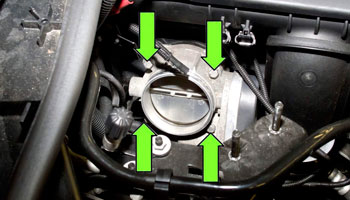 How To Clean A Throttle Body – The Easiest Way To Protect Your Engine!