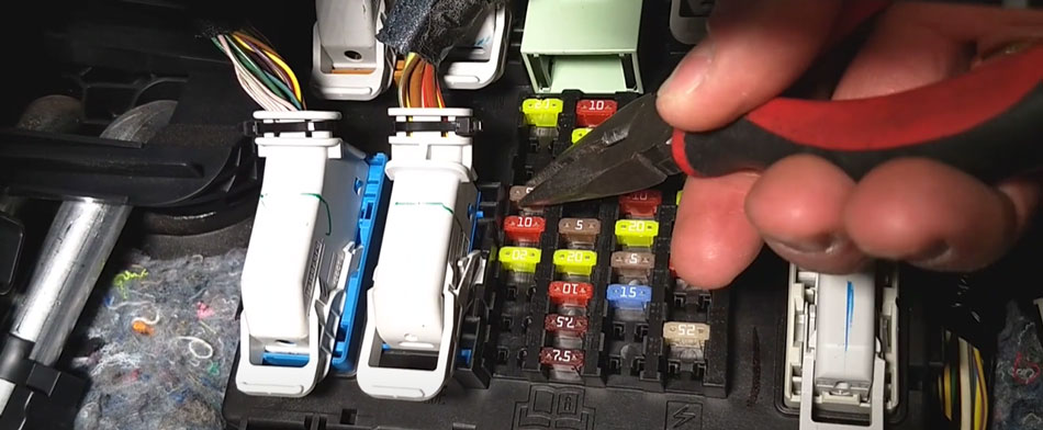 Taking the Fuse of Your Car Alarm Away